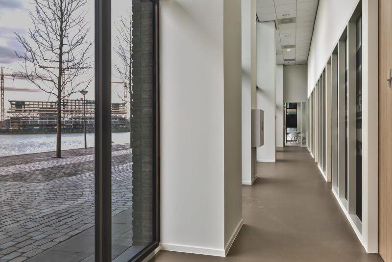 Interieurbouw gezondheidscentrum door Haklander Interieurbouw