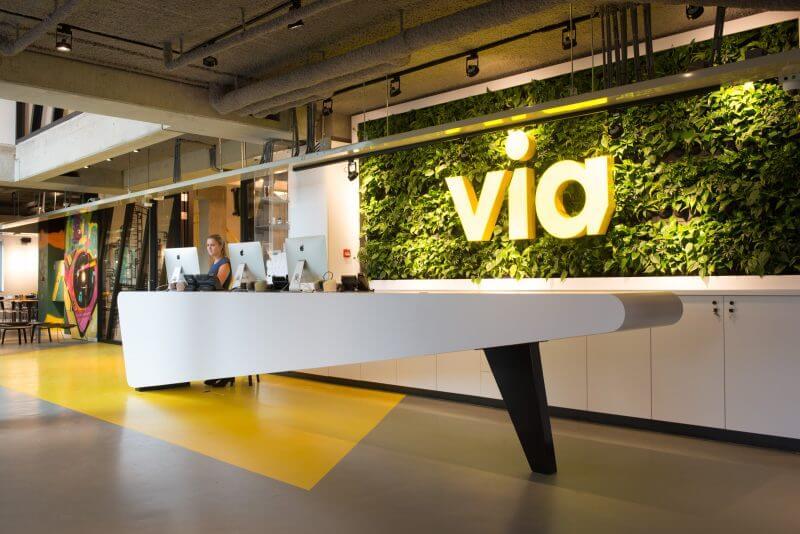 Receptie VIA hotel door Haklander Interieurbouw
