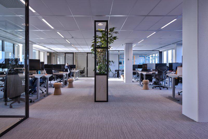 Verstelbare bureaus op maat | Haklander Interieurbouw Harderwijk