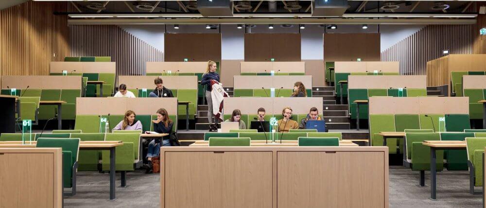 Collegezaal vooraanzicht   UMC Amsterdam faculteit