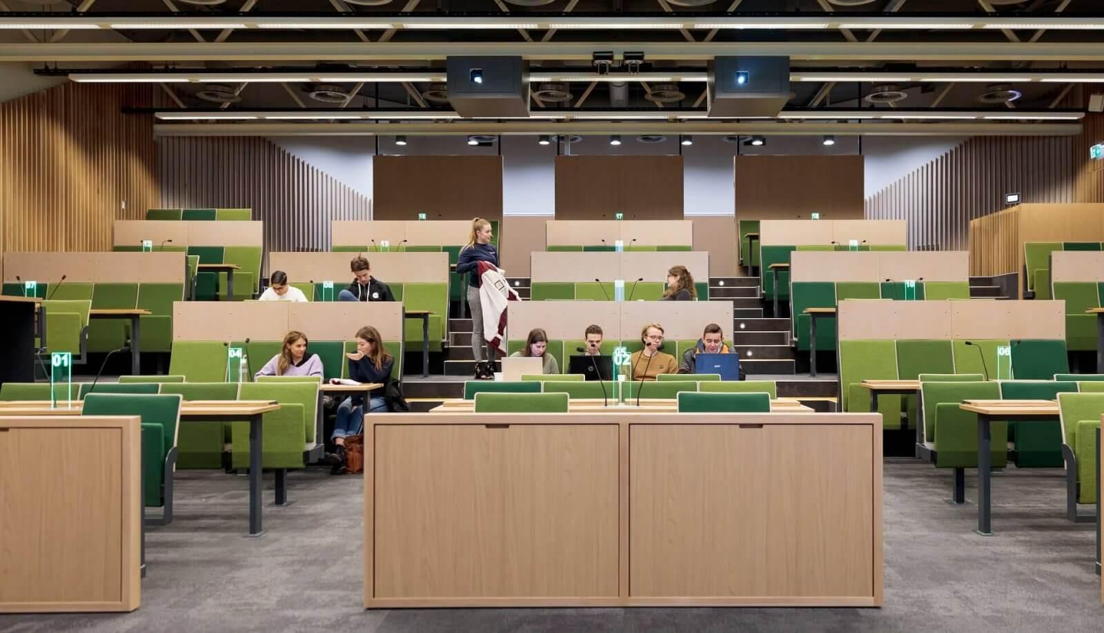 Collegezaal vooraanzicht | UMC Amsterdam faculteit