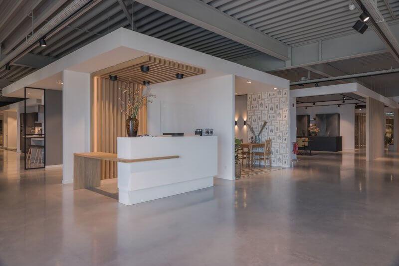 Presentatiebalie showroom | Haklander Interieurbouw