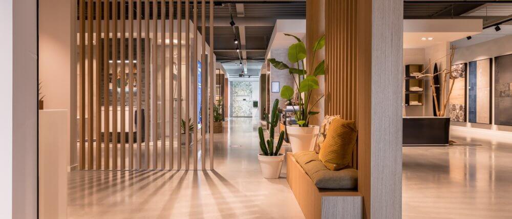Plafond koof met eiken latten | Haklander Interieurbouw